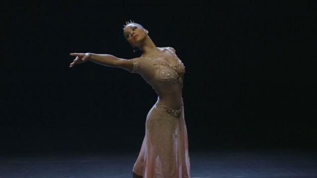 BallerinasTale_Press_2