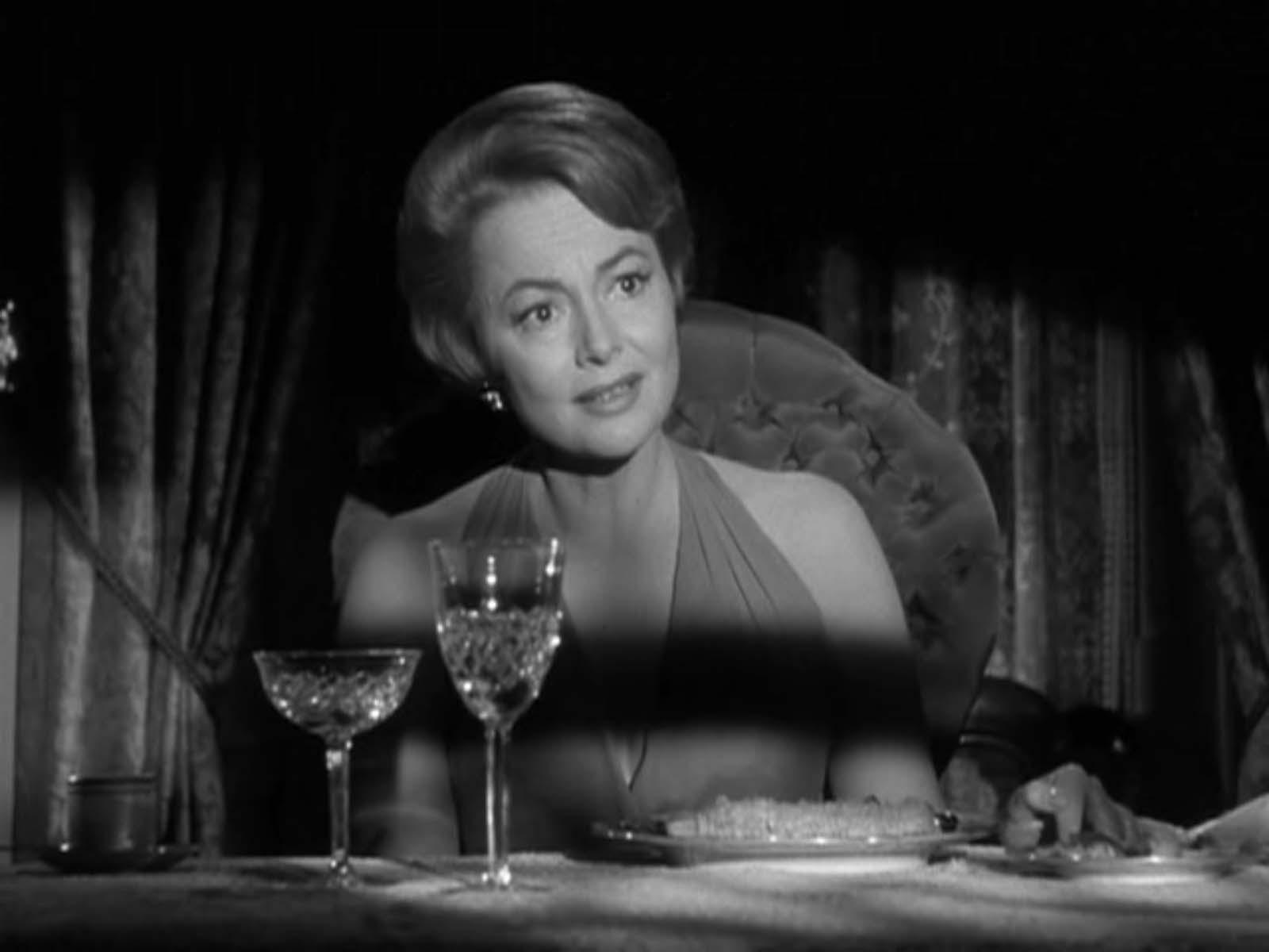 """de Havilland in """"Hush, Hush Sweet Charlotte"""" (1964)"""